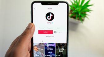 tiktok marketing tik tok app auf dem handy