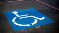Barrierefreie Website Checkliste Behindertenparkplatz