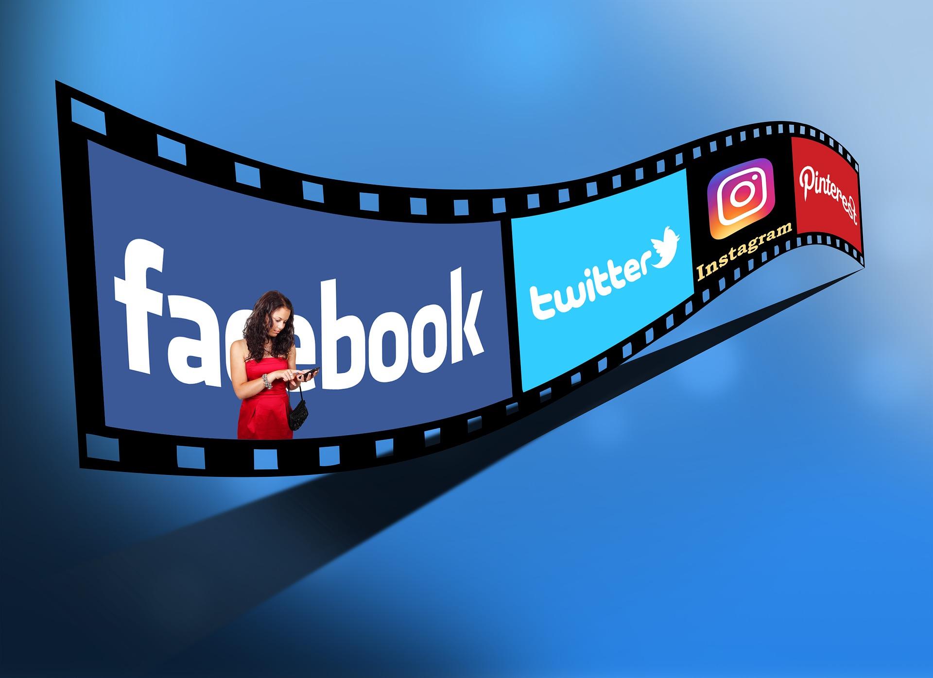 Video Untertitel erstellen Videostreifen mit Social Media Logos